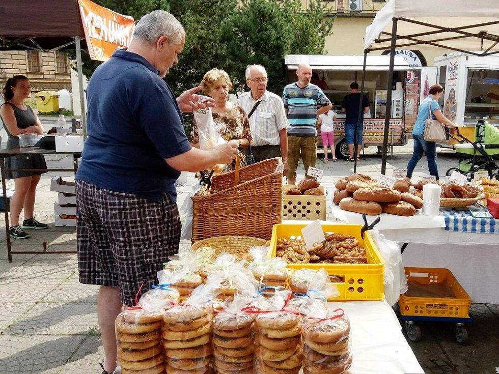 Farmářské trhy v Hradci Králové.