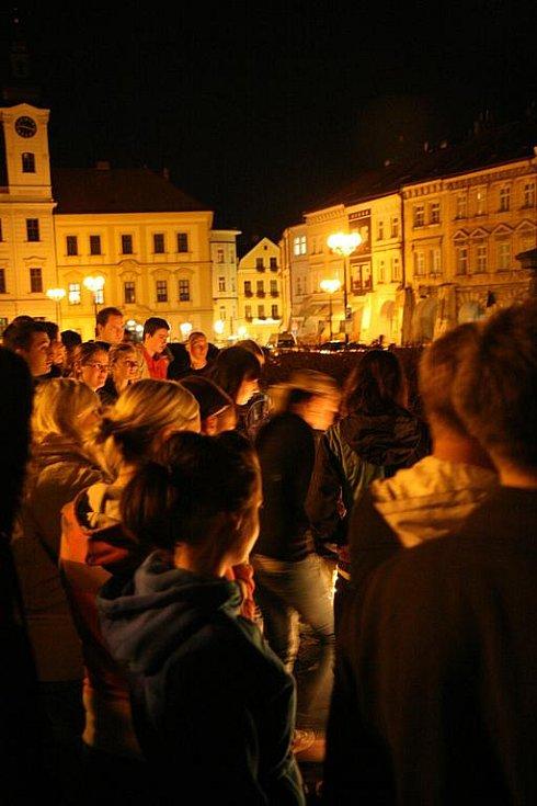 Tryzna za české hokejisty na hradeckém náměstí