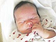 ANNA STEJSKALOVÁ se narodila 22. dubna ve 12.46 hodin. S 51 centimetry a 4 130 gramy potěšila maminku Barboru Ležákovou a tatínka Přemysla Stejskala. V Opočně se na ní těší také bratříček Adam.