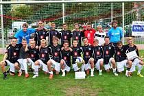 VÍTĚZNÝ TÝM – starší žáci FC Hradec Králové U15 vyhráli 6. ročník Memoriálu J. Zumra.