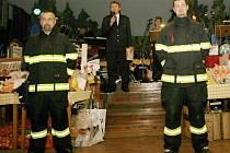 Ples Sboru dobrovolných hasičů Lochenice.