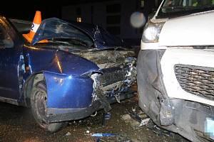 Řidič nedostal přednost a skončil v nemocnici
