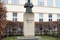 Polopostava politika Antonína Švehly.