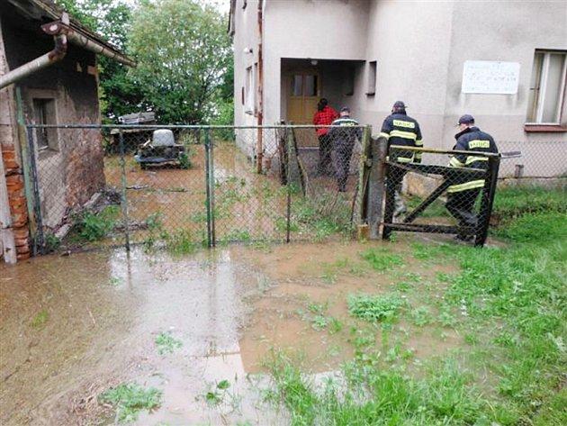 Povodňová situace v Královéhradeckém kraji - obec Ohnišťany.