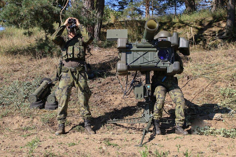 Strakoničtí se vojáci se připravují na zahraniční misi do Litvy.
