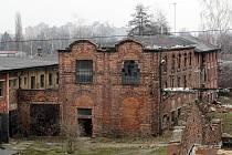 Vzácná architektonická stavba bývalé koželužny v Kuklenách marně čeká na své zachránce a hrozí jí demolice.