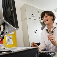 Olga Křížová-Charvátová při on-line rozhovoru v redakci Deníku.