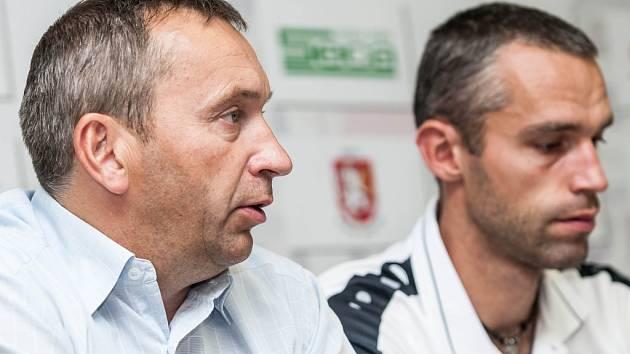 Předsezonní tisková konference fotbalového klubu FC Hradec Králové.