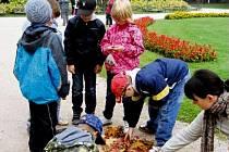 V hradecké Danetě si děti hrají na školu.