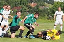Okresní fotbalové soutěže mužů pokračovaly dalšími zápasy.