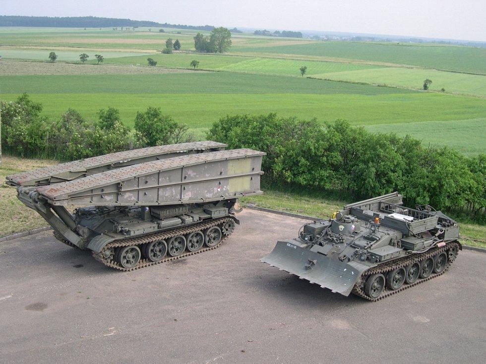 Vojenská technika