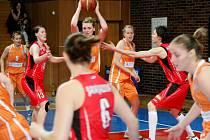 Ženská basketbalová liga: Sokol Hradec Králové - VŠ Praha.