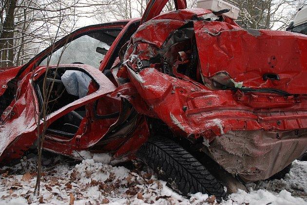 Nehoda v Hradci Králové u Koliby - 16. února 2009.