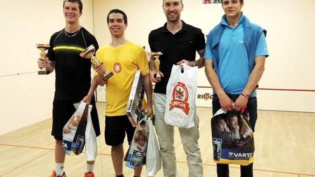 Nejlepší čtveřice mužů - zleva: Daniel Kolínský (2.), Martin Vostatek (1.), Jan Pulkráb (3.), Michal Valenta (4.).