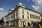 Adalbertinum, budova z roku 1897 na tídě ČSA v Hradci Králové, dílo architekta Františka Hellmanna.