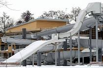 Koupaliště v Malšovicích čeká na otevření; 18. února 2010.