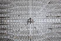 Lustr z bydžovské sklárny