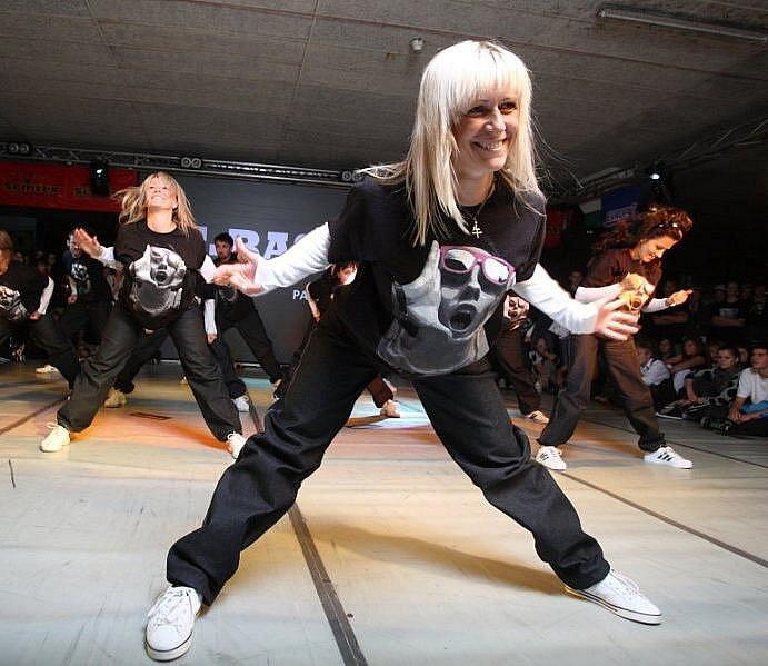T-Bass při Streetmanii v sobotu 11. září 2010 v garážích Intersparu v Hradci Králové.