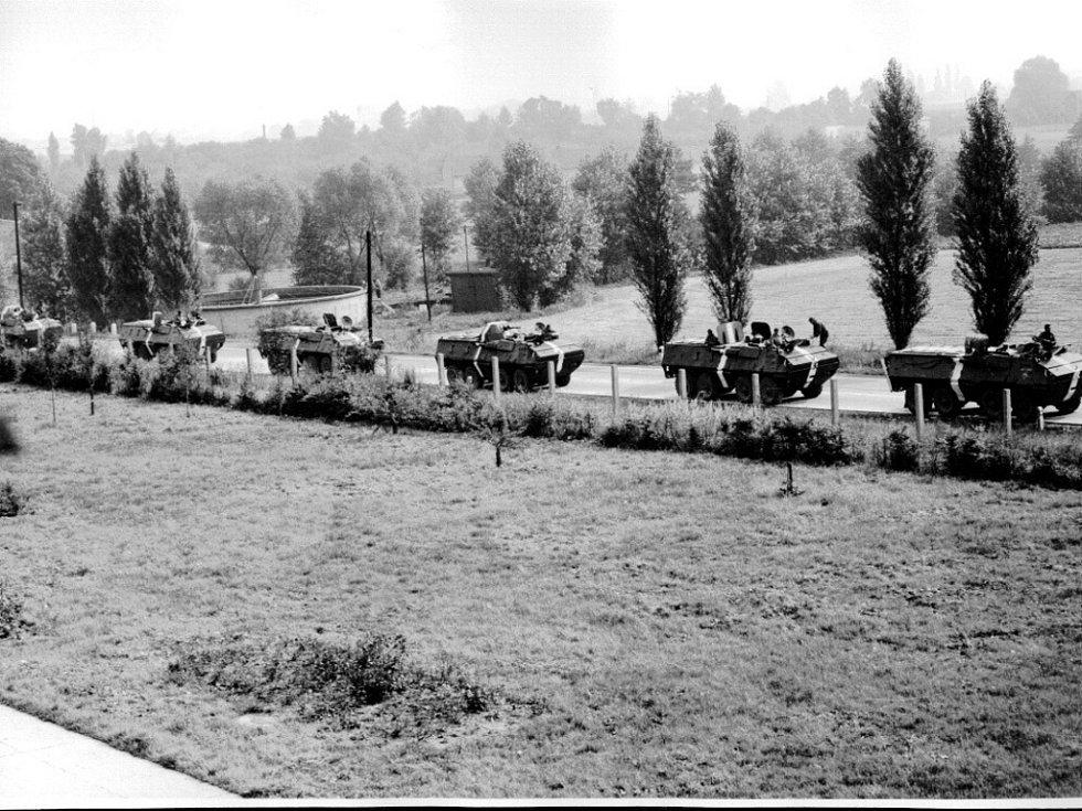 Kolony okupačních jednotek u ČKD v Plotištích nad Labem.