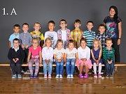 Žáci třídy 1. A ze Základní školy Karla IV. v Novém Bydžově.