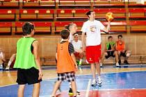Den s basketbalem v Hradci Králové.