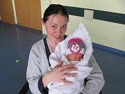 KRISTÝNA ONDRÁČKOVÁ se narodila 7. května v 11.27 hodin. Měřila 49 cm a vážila 2640 g. Potěšila rodiče Kamilu Rakovou a Václava Ondráčka ze Střezetic. Doma se těší bráška Dominik.