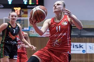 Stejně jako v loňské sezoně by měla být i v té nadcházející jednou z tahounek týmu Kristýna Minarovičová (č. 11).