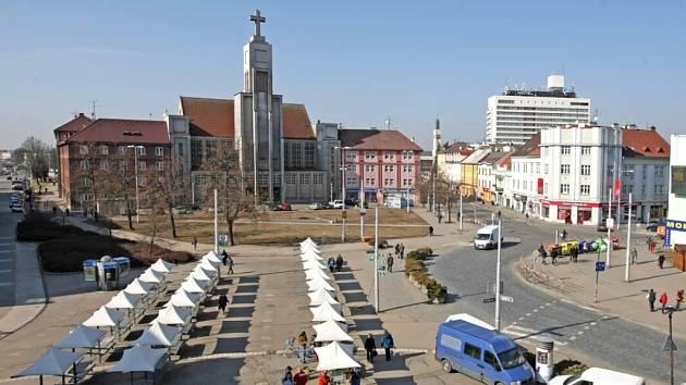 Náměstí 28. října v Hradci Králové.
