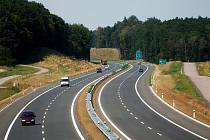 Úsek dálnice u Osic