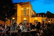 Divadlo evropských regionů: Lahůdkou festivalu bylo bytové divadlo, které se odehrávalo přímo v bytě s pár diváky.