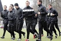 Fotbalisté FC Hradec Králové zachyceni na Všesportovním stadionu při zimní přípravě na jarní boje v Gambrinus lize.