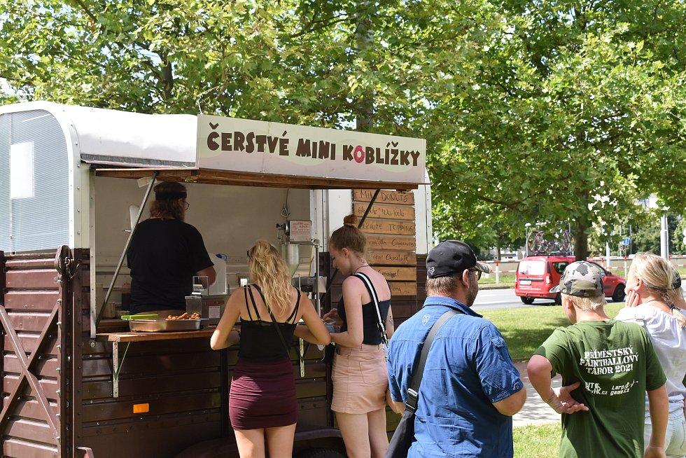 Food festivaly slaví v Hradci Králové úspěch. Stovky lidí přišly i na sobotní festival sladkostí a zmrzliny.