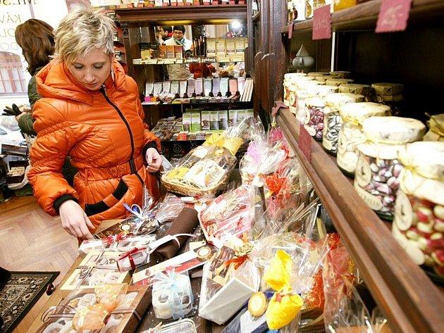 Během posledních několika let vyrostlo na Velkém náměstí v Hradci Králové množství specializovaných obchodů.