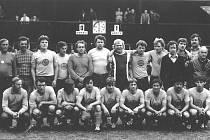 Jak jsme žili v Československu: fotbal v Chlumci nad Cidlinou.