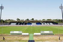 Všesportovní stadion v Malšovicích v Hradci Králové.