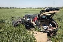 Smutná zpráva. Řidič, který se v úterý srazil v Březhradu s vlakem, zemřel