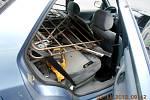 Osobní automobil s podezřelým nákladem v zavazadlovém prostoru.