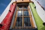 V černilově vznikají sochy i mlýn ve stylu Hundertwassera.