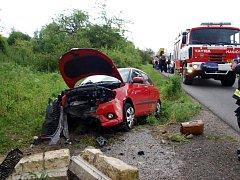 Tragická havárie osobního automobilu u Starého Bydžova.