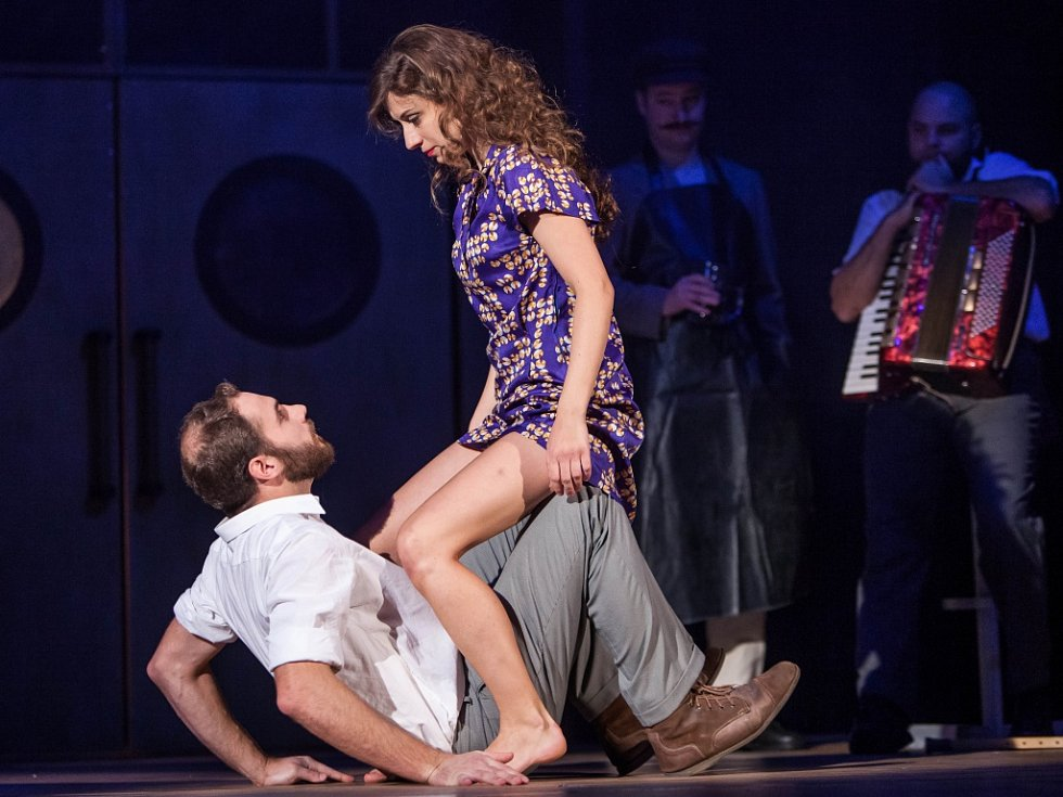 Generální zkouška hry Františka Langera Periférie (v režii Davida Šiktance) v královéhradeckém Klicperově divadle.