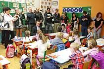 Prvňáci poprvé 1.září usedli do školních lavic na Základní škole Úprkova v Hradci Králové.