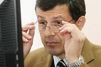 České předsednictví EU bylo nejčastější téma dotazů, které čtenáři pokládali europoslanci Oldřichu Vlasákovi při on-line rozhovoru 8. ledna 2009