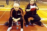 Trenéři prvoligových volejbalistů Slavie Hradec Králové F. Lilko a J. Kulhánek (zleva).