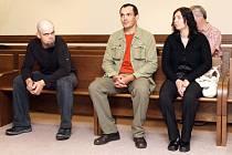 Soudní líční s Filipem Stejskalem, Vladimírem Piškulou, Jarmilou Samohylovou za výrobu drog.
