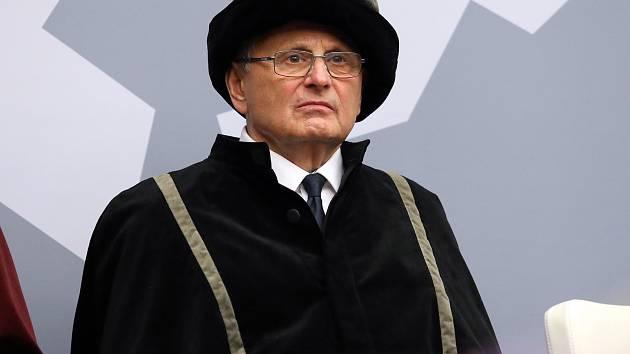 Jan Petrof.