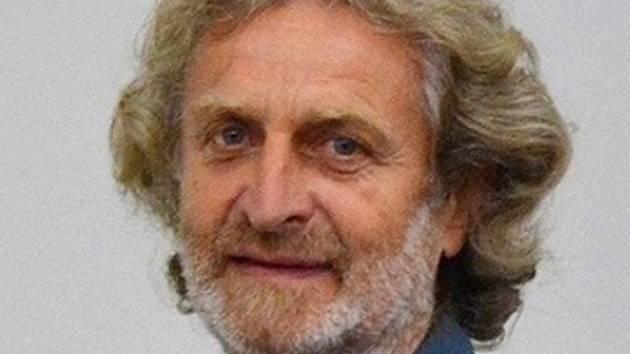 Jiří Hruška oslavil 74. narozeniny.