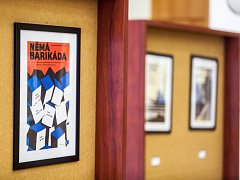 Výstava historických filmových plakátů v prostorách Jiráskova divadla v Novém Bydžově.