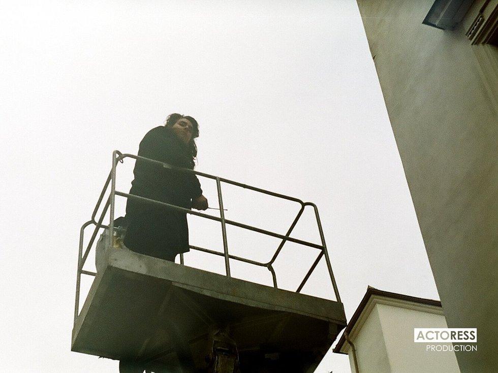 Momentky z natáčení filmu Narušitel.