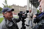 Režisér Zdeněk Všelicha natáčel v Hradci Králové díl televizního cyklu Neznámí hrdinové o Karlu Nesnídalovi, hrdinném sokolovi, kterého nacisté popravili 7. září 1943 v berlínském vězení Plötzensee.