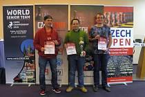Trojice nejlepších v rámci hlavního turnaje – zleva: druhý Daniel Šorm, Nikoloz Chkhaidze a Maciej Swicarz.